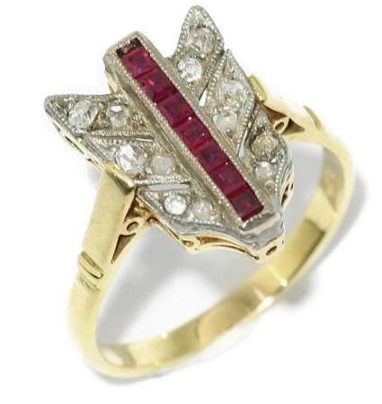 Anillo lanzadera con diamantes talla antigua y rubíes