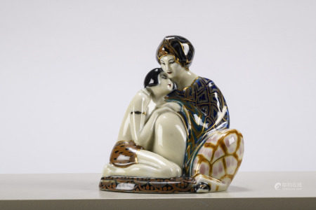 Art Deco sculpture in Limoges porcelain 'mother and daughter' (18x20cm)