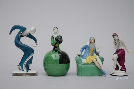 Lot: 4 Art Deco figurines in porcelain (*) (18cm)