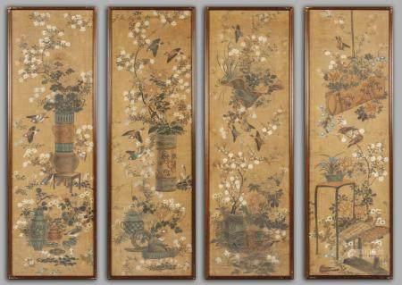 Quattro pannelli dipinti su seta in policromia