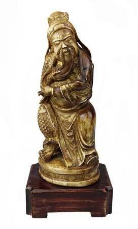 Guan Yu, Elfenbein mit Resten von Vergoldung, China Anfang 19. Jh., aus einem Stück fein geschnitzte