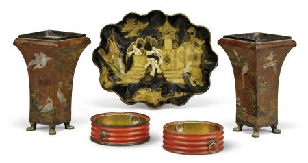 A PAIR OF REGENCY TOLE VASES, A LATE REGENCY BLACK AND GILT-JAPANNED PAPIER-MACHE TRAY AND A PAIR OF REGENCY RED-JAPANNED WINE COASTERS