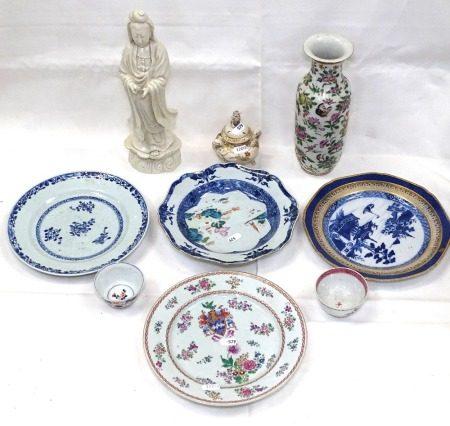 A Blanc de Chine figure, 32cm, a Chinese vase, armorial plate, tea bowls etc