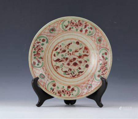 A Red and Green Floral Prcelain Plate