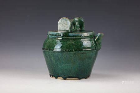 A Green Glazed Water Pot with Wood Cover