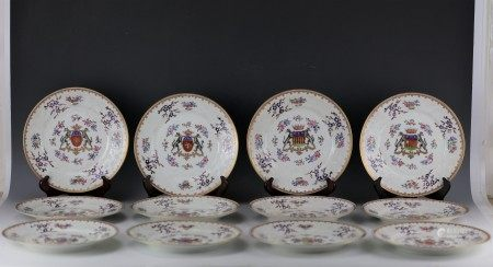 Twelve Chinese Export Samson Famille Rose Porcelain Plates with Family Crest