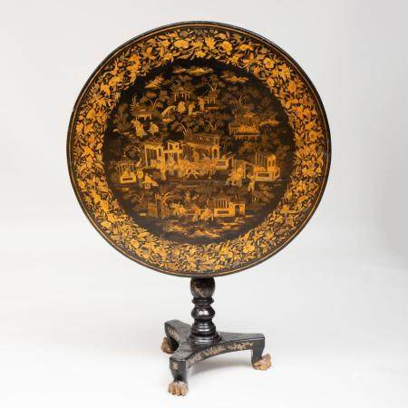 Chinese Export Black Lacquer and Parcel-Gilt Tilt-Top Table