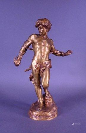 Sculpture: Bronze patine dorée -Nil virtuti invictum- Rien ne s'oppose au courage- [...]