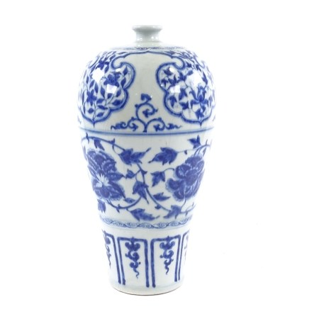 A Chinese blue and white porcelain Meiping Plum vase, hand painted decoration, height 38cm Glaze
