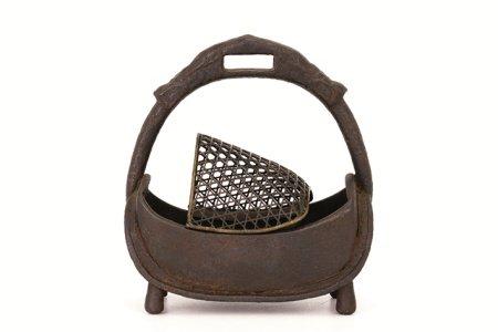 鉄製 釣香炉(木箱)