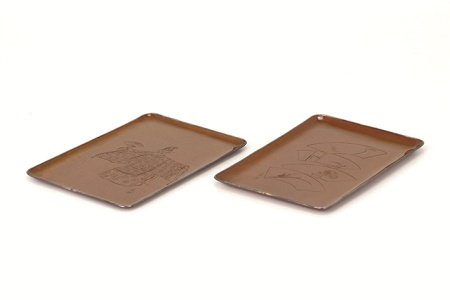 胴在銘 黃銅彫皿2点(箱付)