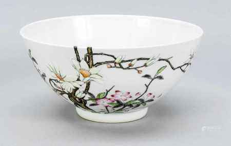 Famille Rose bowl, China, 2nd half of the 20th century, decor with birds in magnolia