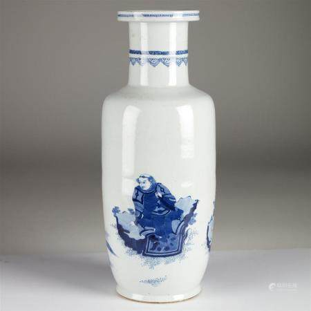 A Chinese blue and white tall porcelain rouleau vase, late Q