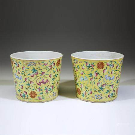 A pair of Chinese enameled porcelain yellow-ground jardinièr