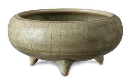 A celadon-glazed tripod censer Song dynasty