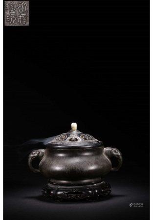 双象耳铜炉(紫檀盖底嵌和田玉) BRONZE CENSOR