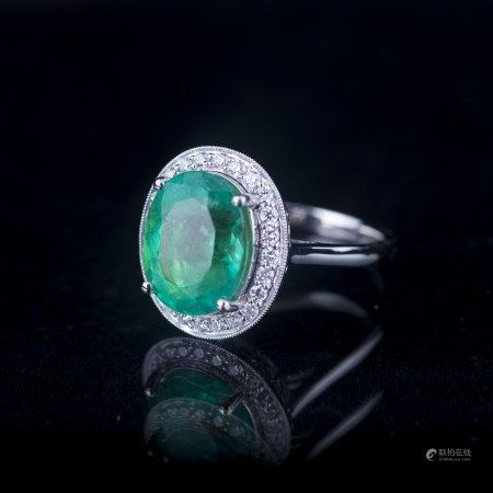 AN EMERALD & DIAMOND RING, GIA AND AIG CERTIFIED