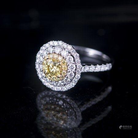 A YELLOW & WHITE DIAMOND RING, GIA & AIG CERTIFIED