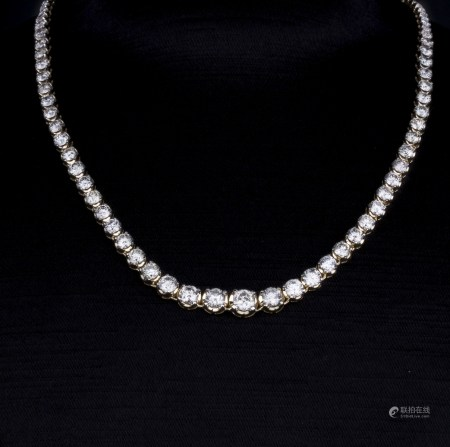 A TENNIS DIAMOND NECKLACE, AIG CERTIFIED