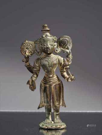 VISHNUBronzeIndia , 10th centuryDimensions: Height 14 cm ; Wide 8 cm ; Depth 3 cmWeight: 404