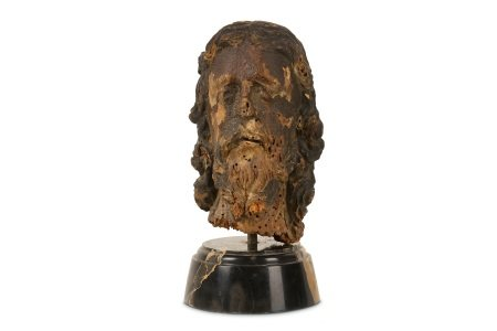 A 15TH / 16TH CENTURY GERMAN CARVED LIMEWOOD HEAD OF CHRIST