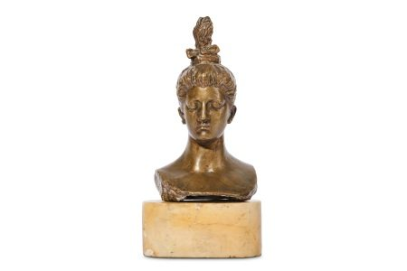 AN EARLY 20TH CENTURY SPANISH BRONZE BUST OF A WOMAN