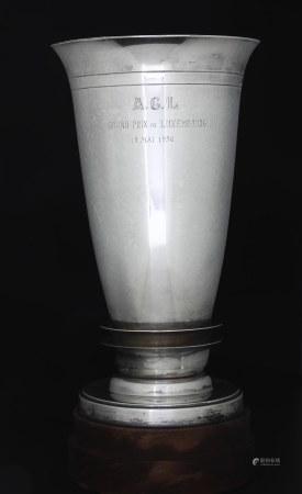 Coppa in argento del Grand Prix automobile du Luxembourg, maggio 1950 vinta da Gigi [...]