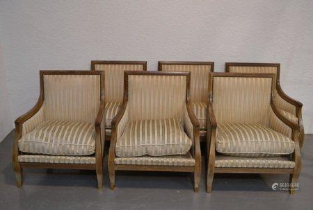 Baptistin SPADE (1891-1969)  - Suite de six bergères en bois naturel, les pieds [...]