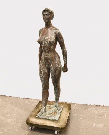 François Xavier JOSSE (1910-1991)  - Nu debout  - Bronze  - H.: 105 cm (accidents)  [...]