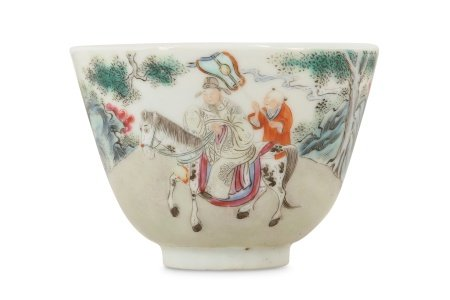 A CHINESE FAMILLE ROSE 'EQUESTRIAN OFFICIAL' BOWL.
