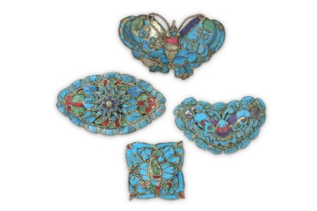 FOUR CHINESE KINGFISHER FEATHERS BROOCHES.