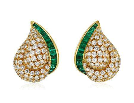 TIFFANY & CO. DIAMOND AND EMERALD EARRINGS