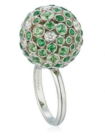 TIFFANY & CO. GARNET AND DIAMOND BALL RING