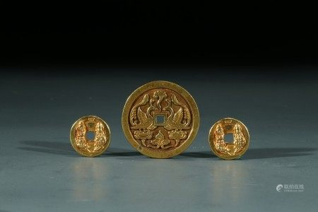 A SET OF THREE CHINESE PURE GOLD COINS
