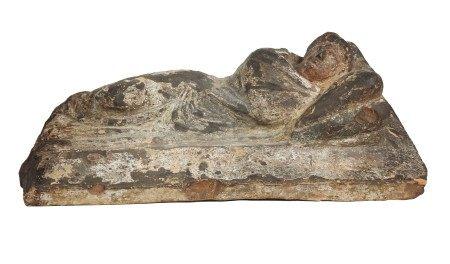 Couvercle votif orné d'une femme allongée. Coroplastie caractéristique. Art [...]