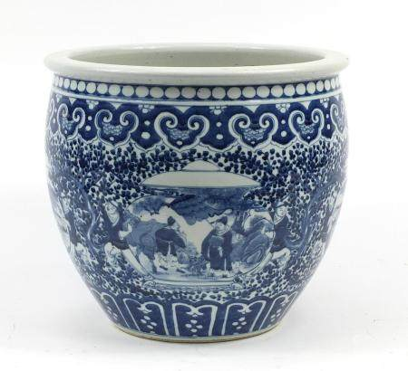 Large Chinese blue and white porcelain planter, finely hand painted with figures and landscapes