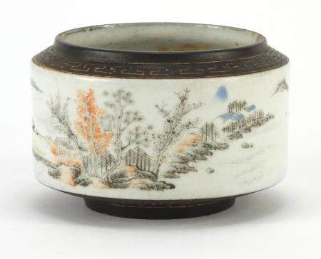 Chinese porcelain brush pot hand painted with figures in a river landscape, with seal marks, 9cm