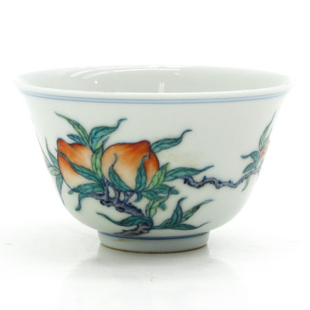 A Doucai Decor Cup