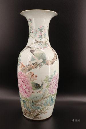 中国 - 大型鸟纹珐琅花瓶 乾隆年制标记 带署名