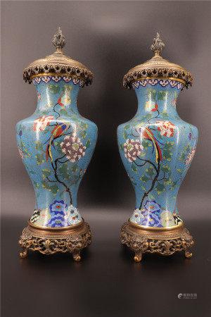 中国 - 青铜底座的景泰蓝对瓶 19世纪