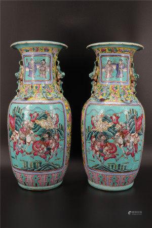 中国 - 纹饰战斗场景的镜子对瓶 - 19世纪