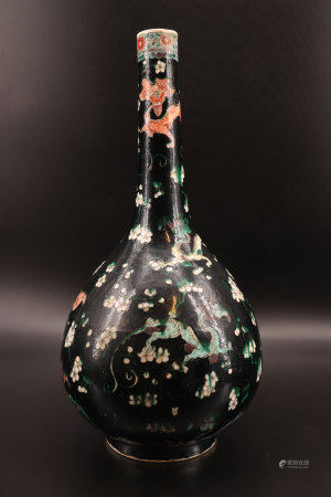 中国 - 黑色龙纹花瓶 雍正年制标记货品
