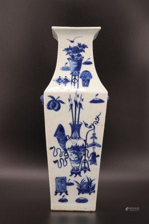 中国 - 家具纹饰青花瓶 - 19世纪