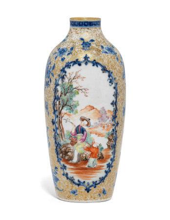 QIANLONG PERIOD (1736-1795) 清乾隆 青花粉彩描金西洋人物图瓶