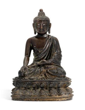 MING DYNASTY (1368-1644) 明 铜释迦牟尼佛坐像