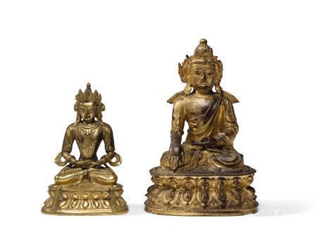 18TH CENTURY  清十八世纪 鎏金铜阿閦佛及度母坐像 一组两件