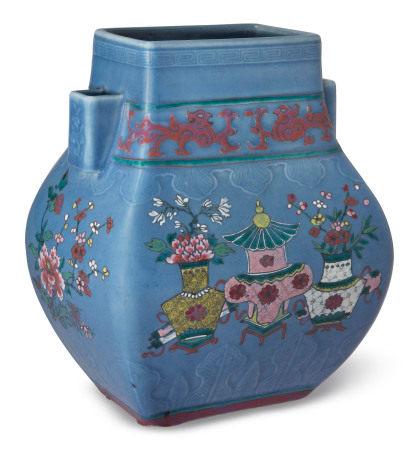 19TH CENTURY 清十九世纪 天蓝地粉彩花卉纹方壶