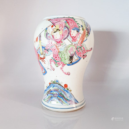 A CHINESE FAMILLE ROSE VASE, QING DYNASTY, EARLY 19TH CENTURY The baluster body painted with figures