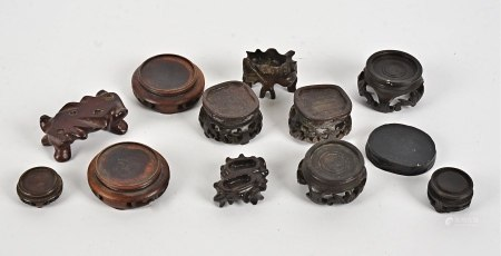 A group of Chinese wooden stands, the widest example 6cm (12)