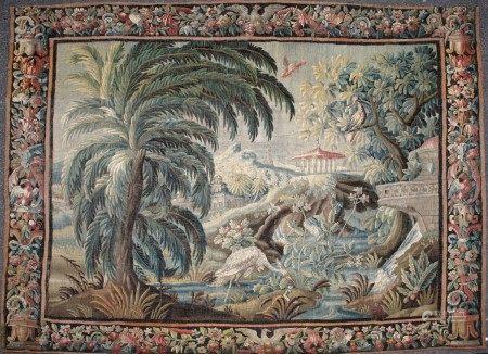 AUBUSSON - XVIIIème Siècle  - TAPISSERIE Laine et soie Décor de scène de parc [...]